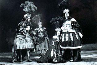 scenografi-scenography-goje-rostrup-det_kongelige_teater_1993-jpg