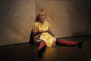 scenografi-scenography-goje-rostrup-snehvides_spejl_den_jyske_opera_2011-jpg