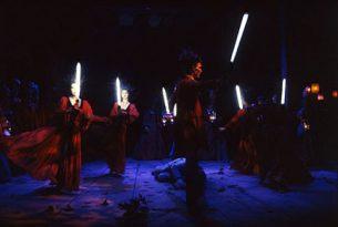 1994_a3_de_lystige_koner_i_windsor_den_jyske_opera_danish_national_opera_kostumedesign_costume_design_goje_rostrup