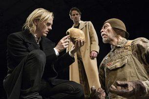 2007_7_hamlet_gladsaxe_ny_teater_kostumedesign_costume_design_goje_rostrup