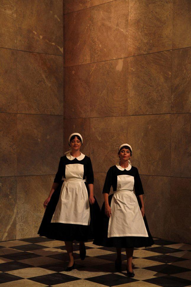 5-scenografi-scenography-goje-rostrup-snehvides_spejl_den_jyske_opera_danish_national_opera_2011