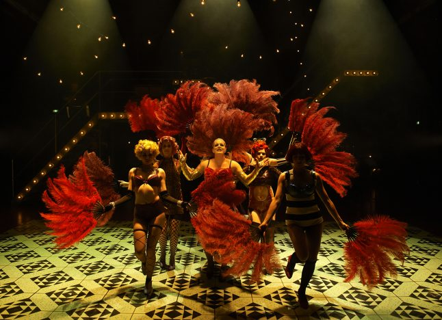 kostumedesign-costume-design-goje-rostrup-cabaret_aalborg_teater_2014_10