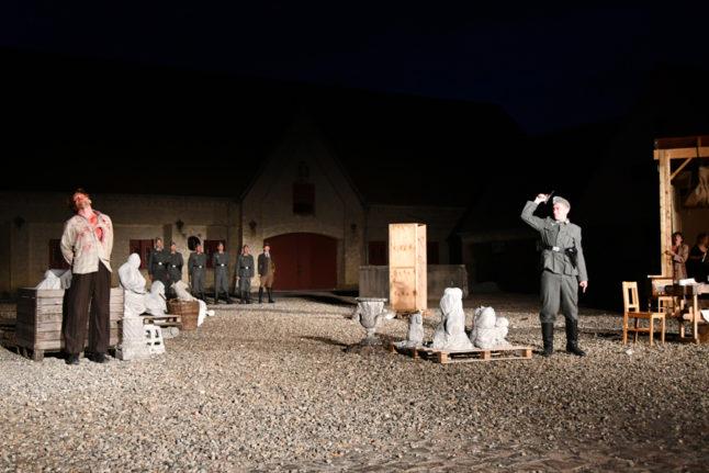 15-scenografi-scenography-goje-gøje-rostrup-Tosca_slotsopera_2018